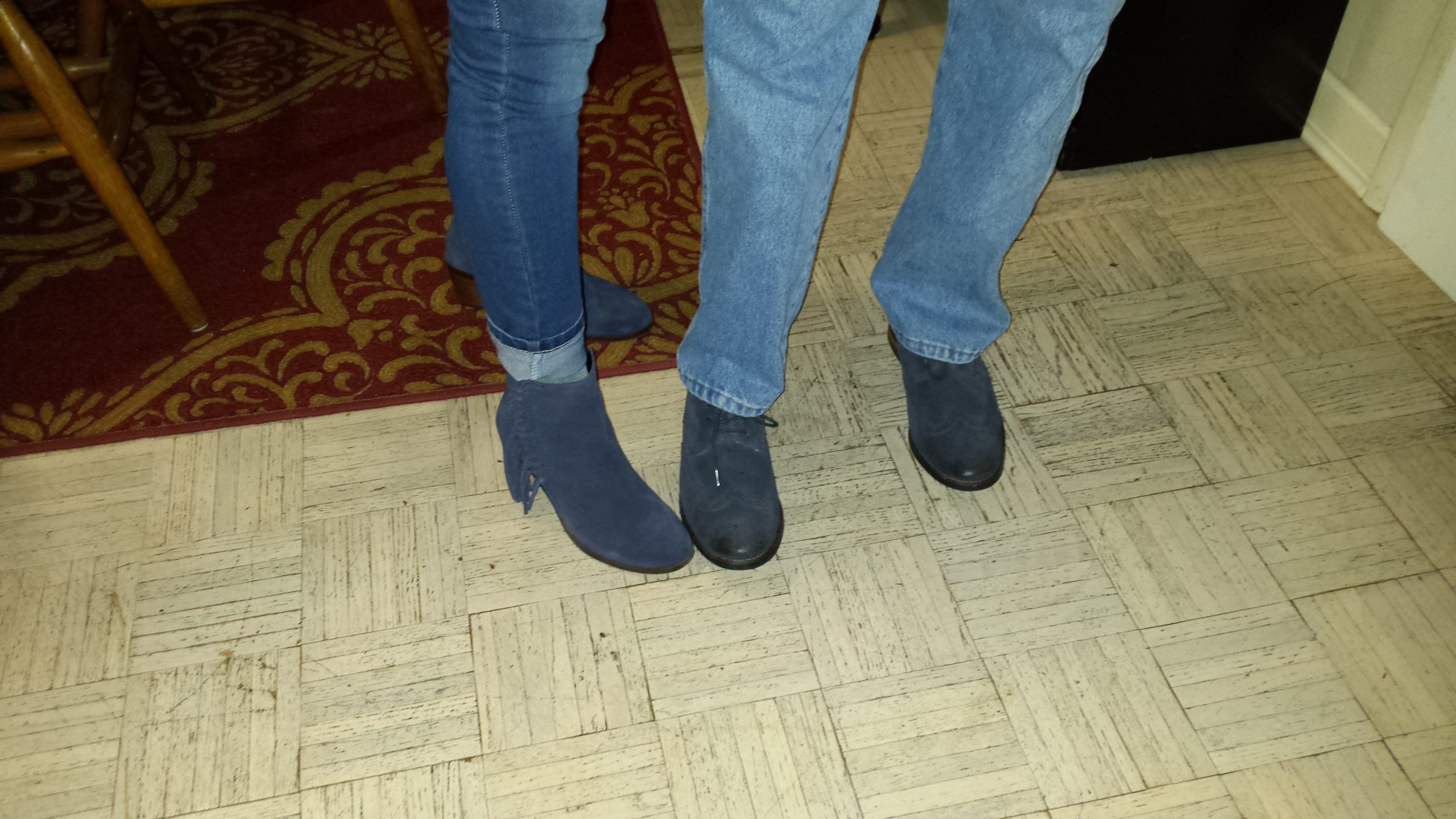 Who wears blue suede shoes?